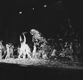 Bread&Puppet Theatre at the Festival of Open Theatre in Wroclaw, 1969