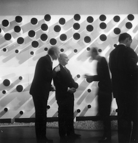 Henryk Stażewski\'s exhibition at the Zacheta National Gallery in Warsaw, 1965