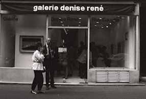 Opening of the Henryk Stażewski exhibition at the Galerie Denise René, 1982