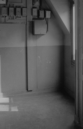 Light in the corridor of the maids' rooms, 1984