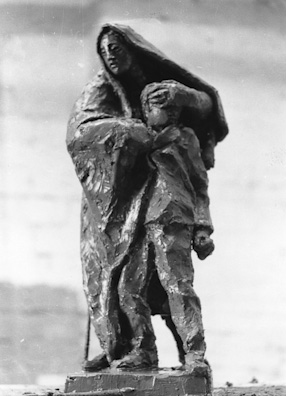 project of Memorial in Brzezinka - Study of a woman with child, 1952